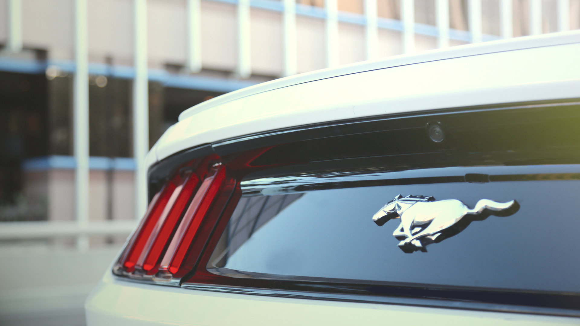 3 HOME PAGE – FORD MUSTANG