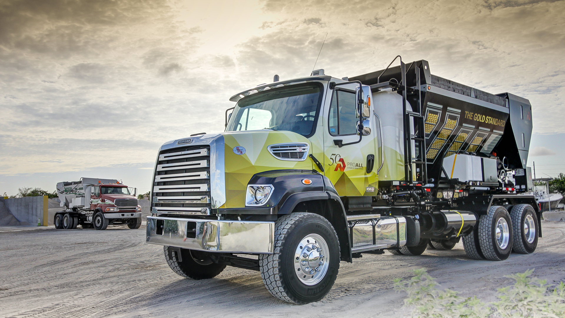 3 HOME PAGE – CEMENT TRUCK